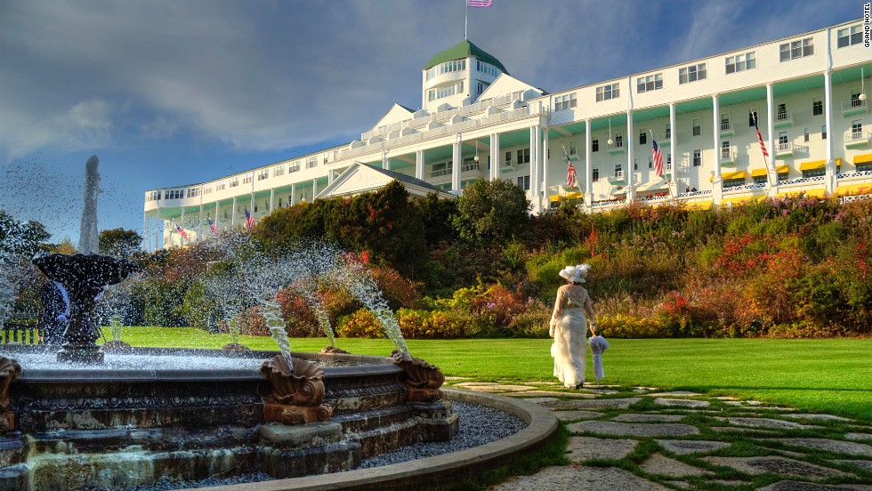 Opened in 1887, the massive Queen Anne-style hotel has remained largely unchanged since the years when Mark Twain lectured in the casino. At 660 feet, its front porch is said to be the longest in the world.