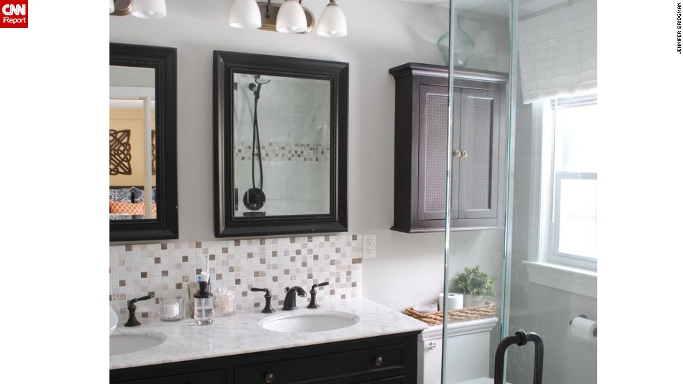 "<a href=""http://ireport.cnn.com/docs/DOC-1019506"">Jennifer Bridgman's </a>small master bath with big impact."