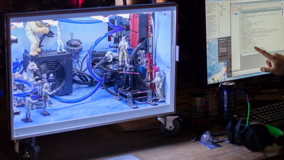 "Few fantasy places are cooler than the ice planet of Hoth, from ""The Empire Strikes Back."" That's how this gamer decorated his rig."