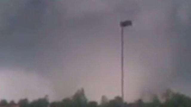 2013: Tornado survivors go back to school