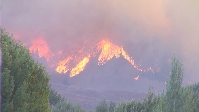 Beaver Creek fire threatens Idaho homes