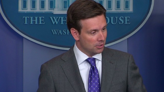 White House clarifies stance on pot