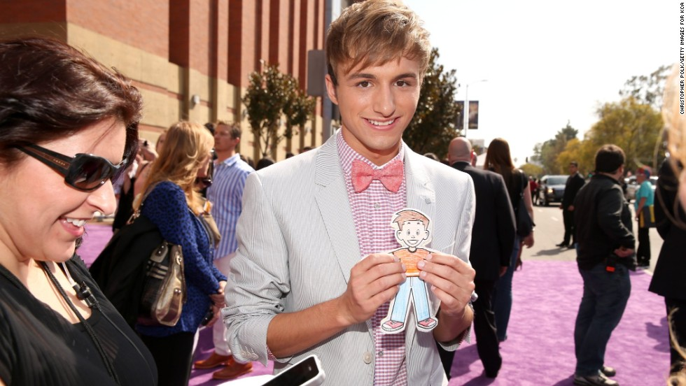 "Lucas Cruikshank is the star of Nickelodeon's hit series ""Fred."" He <a href=""http://marquee.blogs.cnn.com/2013/08/21/fred-star-lucas-cruikshank-im-gay/"">came out via a YouTube video</a> in August 2013."