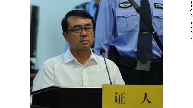 Wang Lijun appears in court to give evidence against his former boss Bo Xilai.