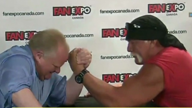 Hulk Hogan arm-wrestles Toronto mayor