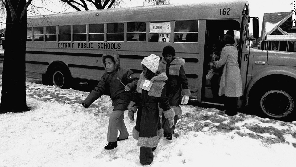 <strong>The Milliken decision:</strong> Supreme Court struck down a busing plan and effectively brought most cross-district school integration to a halt.
