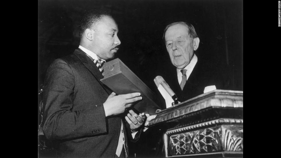 Martin Luther King's kids fight over his Bible, Nobel ...