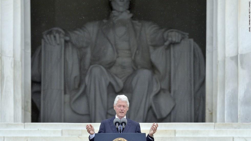 Former President Bill Clinton addresses the crowd.