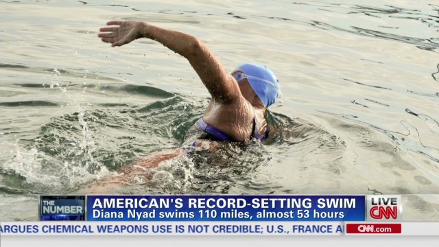 Diana Nyad swims into record books