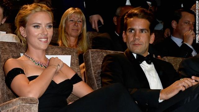 Scarlett Johansson engaged to ad exec