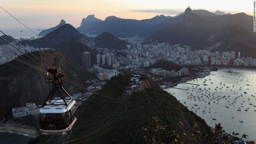 Rio denizens also returned only a third of the 12 wallets left unattended across their city.