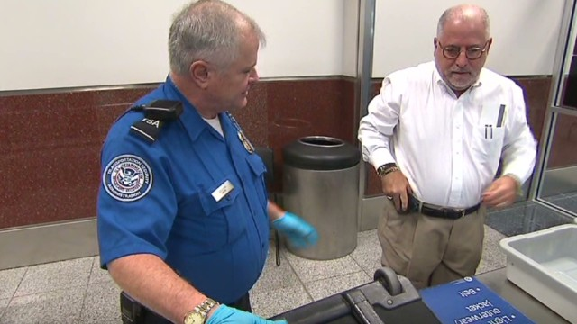 TSA to offer fast pre-screening for a price