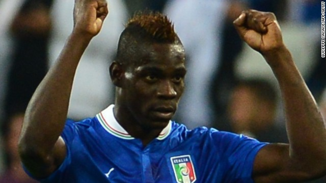 Maria Balotelli celebrates after scoring his crucial penalty in the 2-1 win over the Czech Republic.