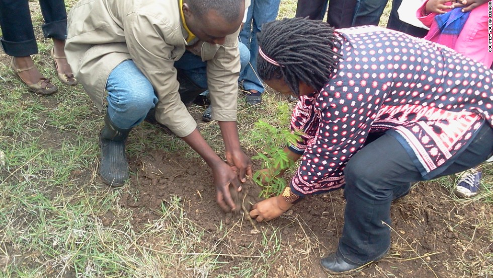 The M-Pesa Foundation and private investors have launched the Nairobi Greenline project in order to preserve the land and its animal inhabitants.