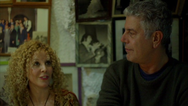 Bourdain enjoys flamenco in Spain