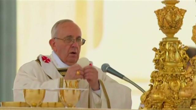 pkg vinci papal phone calls_00003614.jpg