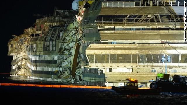 Captain blames crew for deadly wreck