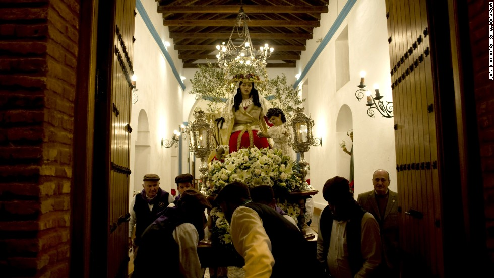 Music, food, drink, dance and dressing up make saints' festivals a highlight of the year in Spain, even in the tiniest of villages. These revelers are taking part in la Fiesta de los Rondeles in Casarabonela.