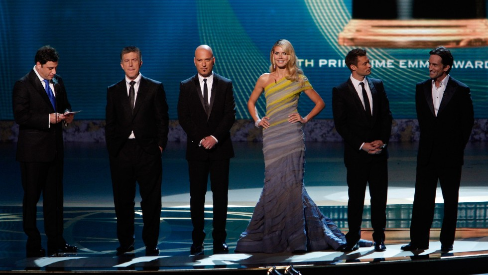 Jimmy Kimmel joined hosts Tom Bergeron, Howie Mandel, Heidi Klum, Ryan Seacrest and Jeff Probst onstage during the 60th Primetime Emmy Awards in 2008. The audience did not love the group host dynamic and the show became one of the lowest rated telecasts ever.