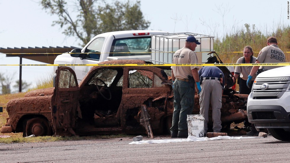 One of the vehicles found in the lake was a green 1952 Chevrolet -- the same make of vehicle in which John Alva Porter, then 69, was traveling in with Cleburn Hammack, 42, and Nora Marie Duncan, 58, on April 8, 1969.