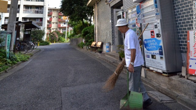 Tokyo man evicted by Olympics ... twice