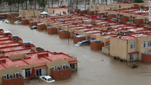 Tourists stranded in flooded Acapulco