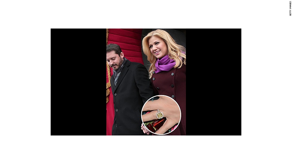 """The recently engaged Kelly Clarkson said """"yes"""" after she was presented with this huge yellow diamond ring.<br />"""