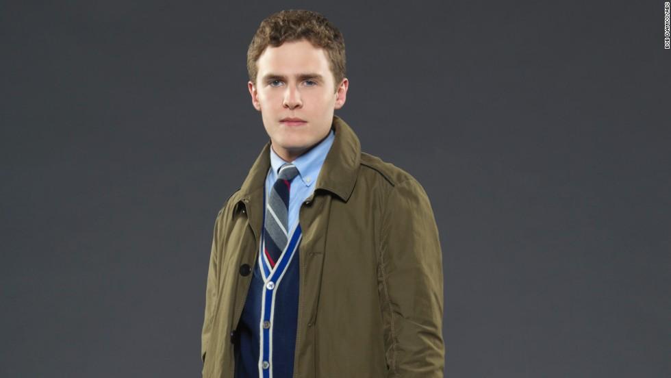 Weapons expert agent Leo Fitz (Iain De Caestecker) is one half of a  British S.H.I.E.L.D. agent duo.