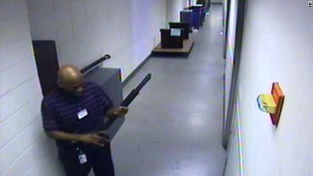FBI: Navy Yard shooter 'delusional'