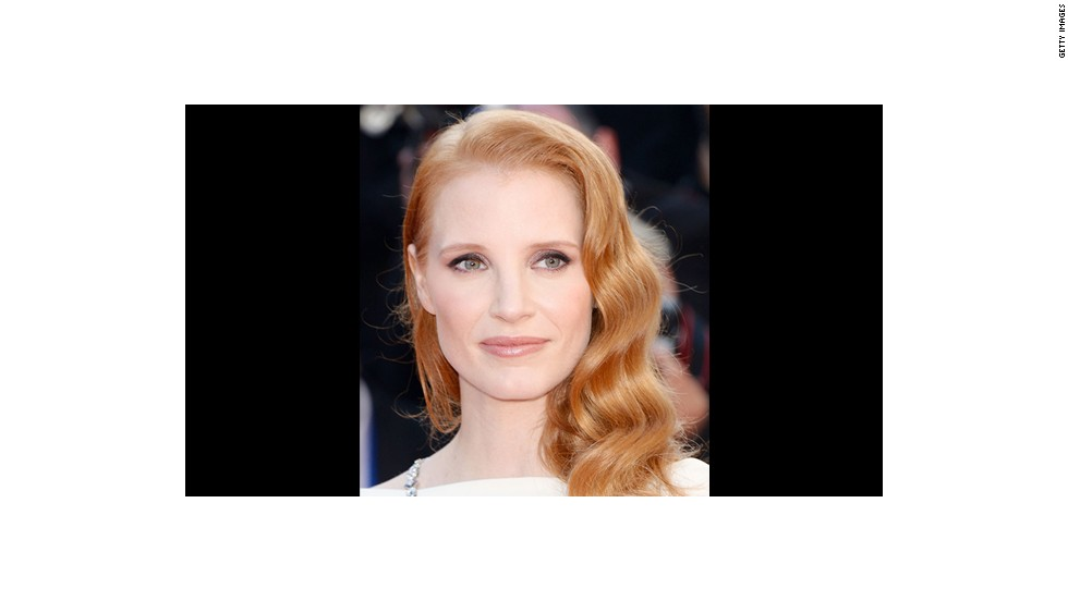 Jessica Chastain sports a feminine, romantic look courtesy of makeup artist Nick Barose.