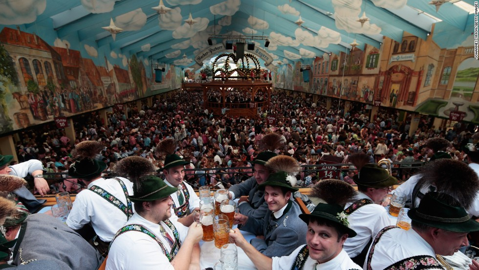 "There are 14 tents at Oktoberfest and each has a <a href=""http://edition.cnn.com/2013/09/20/travel/oktoberfest-2013-9-rules/index.html"">distinct mood</a>. The largest -- such as Schottenhamel and Hofbräu-Festzelt -- each has 10,000 seats."