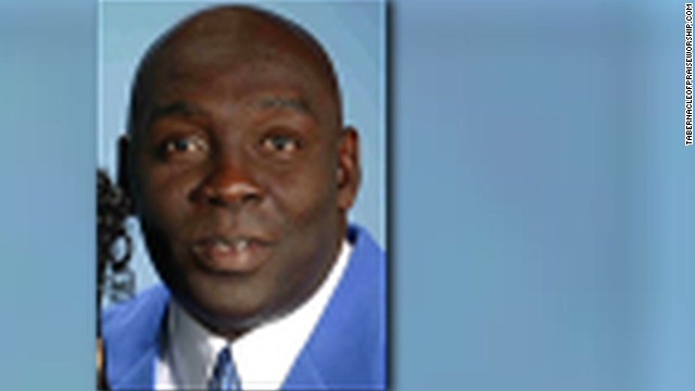Pastor shot and killed while preaching