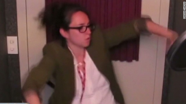 Woman quits job with song and dance