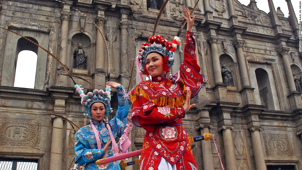 "<strong>Visitors: 13.4 million </strong><br /><strong>Growth: 3.4% </strong><br />Macau<strong> </strong>offers a mixed of Portuguese and Chinese culture. Its top commodity? After gambling, probably the<a href=""http://travel.cnn.com/10-must-try-Macau-249506""> Portuguese egg tart</a>."