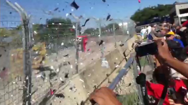 Dario Franchitti's car crashes into wall at Grand Prix of Houston