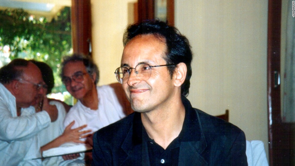 "Francisco Varela of Chile was both a biologist and a philosopher. Together with his mentor, Humberto Maturana, Varela co-authored the theory of <a href=""http://www.systemic-medicine.eu/Chap/4.8.autopoiesis.html"" target=""_blank"">autopoiesis</a>, which describes the ability of biological cells to be ""self-maintaining."""