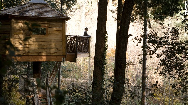 With bridges and ladders between these tree houses, you need never really bother coming down.