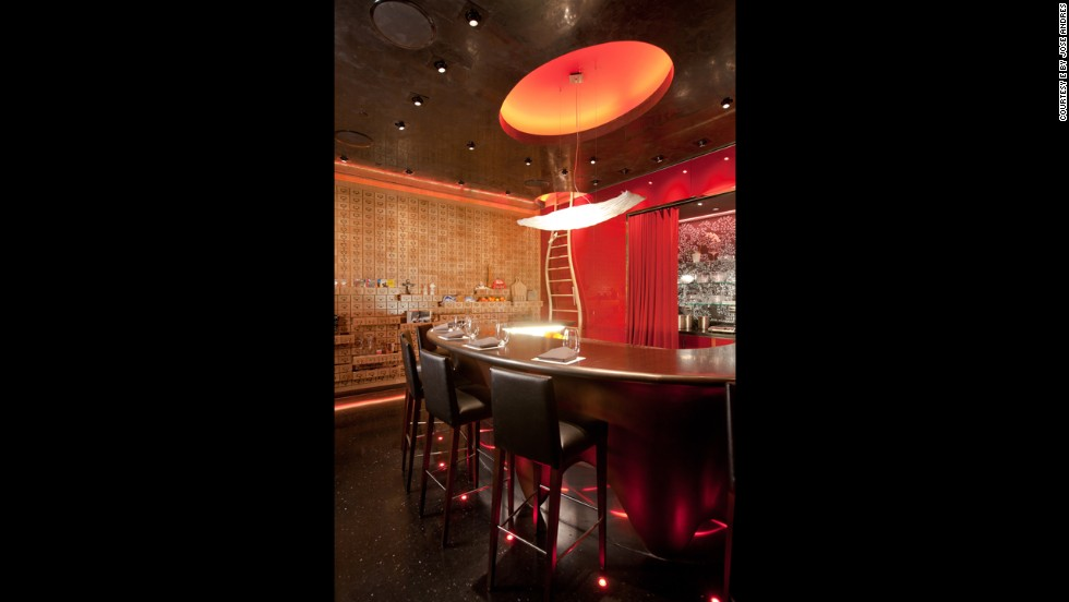 "<strong>1.<a href=""http://ebyjoseandres.com"" target=""_blank""></strong> é by José Andrés</a> at the Cosmopolitan (Las Vegas)"