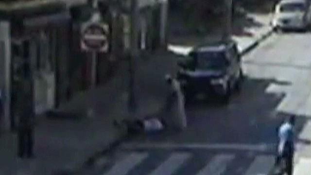 Blind man beaten on Philadelphia street