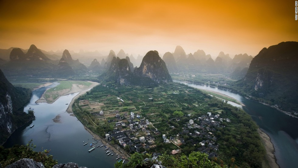 China might be known for the Yangtze, but it's difficult not to fall under the spell of the Li (Lijiang) River, one of its tributaries. The river's breathtaking karst topography can be found between the Guangxi Province towns of Guilin and Yangshuo via boat tour, while traditional bamboo rafting can be done along the smaller and less crowded Yulong River (a tributary of the Li).