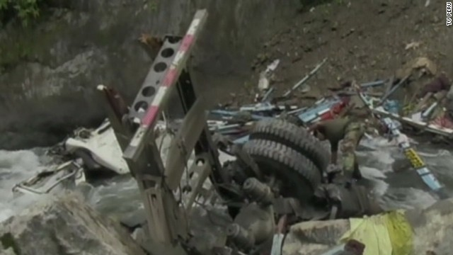 vo peru bus accident_00001707.jpg