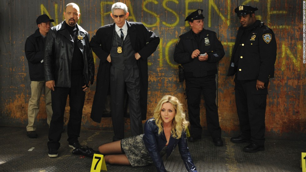 "The gang at ""30 Rock"" receives a visit from Ice-T, left, and Belzer in character when Jenna Maroney (played by Jane Krakowski) lands a role on ""SVU"" as a corpse."