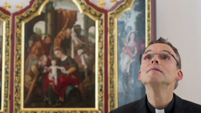 Vatican not happy with 'Bling Bishop'