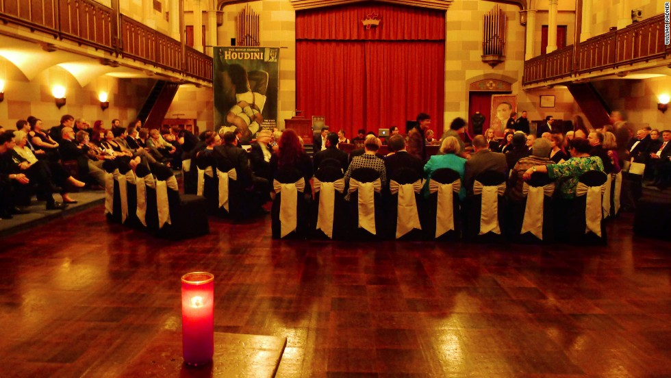 Last year's séance took place in the Masonic Lodge in Fort Worth, Texas.