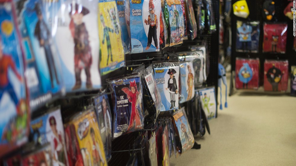 It's that time of the year when folks are gearing up to play dress up for Halloween. If you still haven't chosen a costume, there are plenty of pop culture options out there for you.