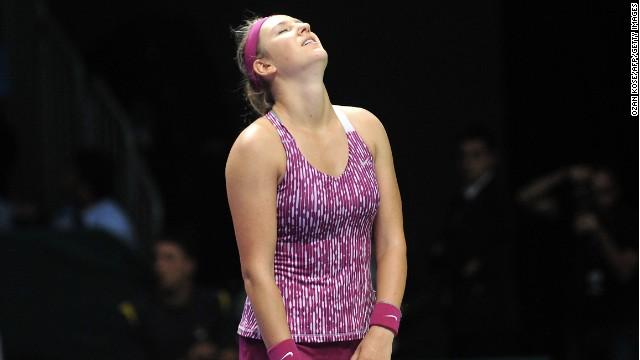 Victoria Azarenka suffered a surprise defeat in her second round robin match against Jelena Jankovic.