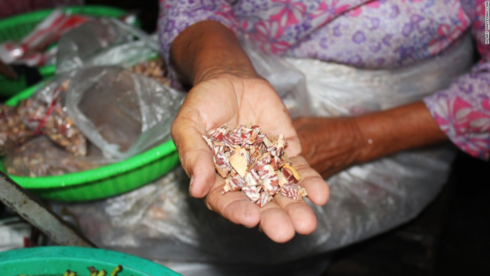 Areca nuts are the seeds of the areca palm. They're sprinkled onto lime-coated betel nut leaves to make betel quids. Other ingredients are added, depending on local tastes, including cardamom, saffron cloves and sweeteners.