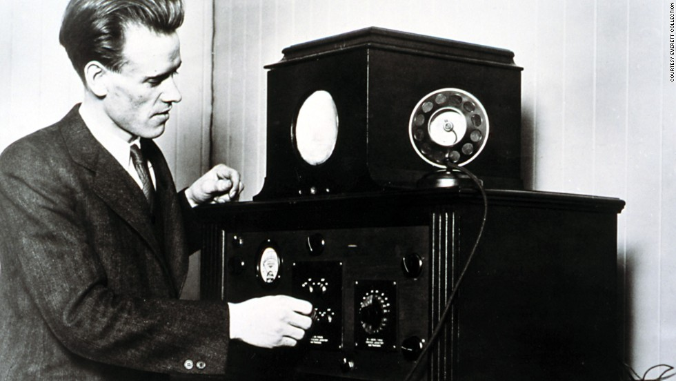 Inventor Philo T. Farnsworth demonstrated his television console for the first time in 1927.