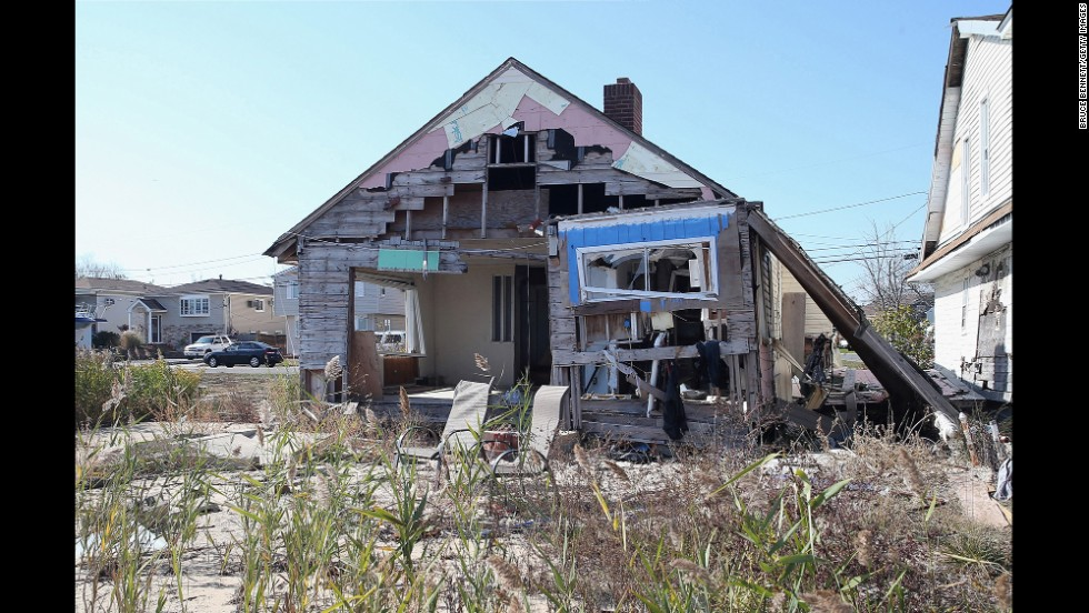The house remains standing, but unrepaired, on October 22.