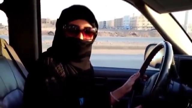 Saudi women defy driving ban
